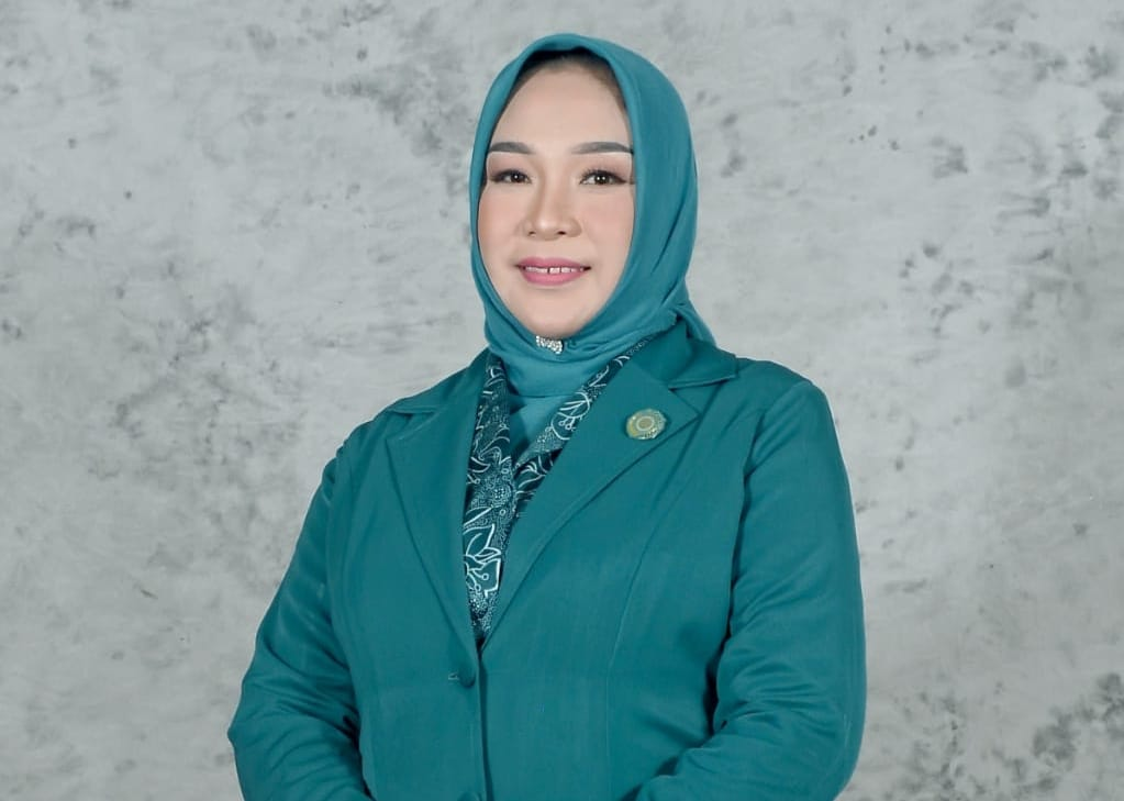 Hj. Diana Samsul Bahri SP
