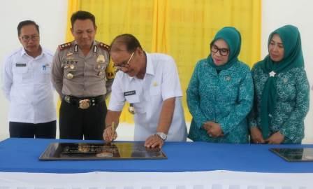 Ketgam : Pengresmian Gedung Serba Guna dan SKB Kecamatan Tinanggea