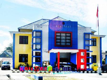 Ketgam : Universitas Sulawesi Tenggara