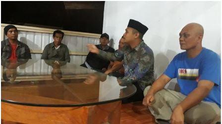 Ketgam : Suasana pertemuan tim keluarga amonggedo-lembo yg berdomisili di Kota Kendari