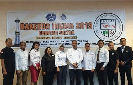 Ketgam : foto bersama pengurus I IHGMA DPD Sultra Bahas