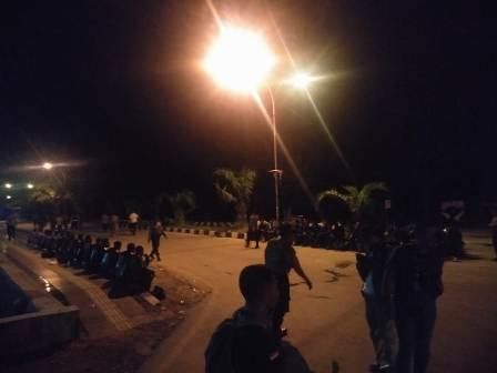 Ketgam : Aparat Kepolisian yang sementara bertugas mengamankan unjuk rasa/foto : Afdal Kalosara News
