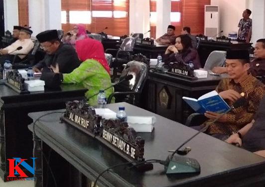 Ketgam : Anggota DPRD Konawe yang hadiri Rapat Paripurna Penyempurnaan RAPBD Konawe Tahun 2019.