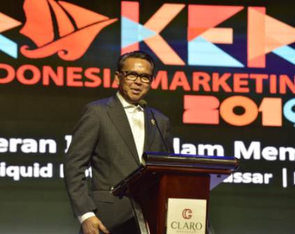 Ketgam : Gubernur Sulawesi Selatan (Sulsel) Nurdin Abdullah saat menyampaikan sambutannya pada Rapat Kerja Nasional (Rakernas) Indonesia Marketing Association (IMA)/foto : Paulus Kalosara News