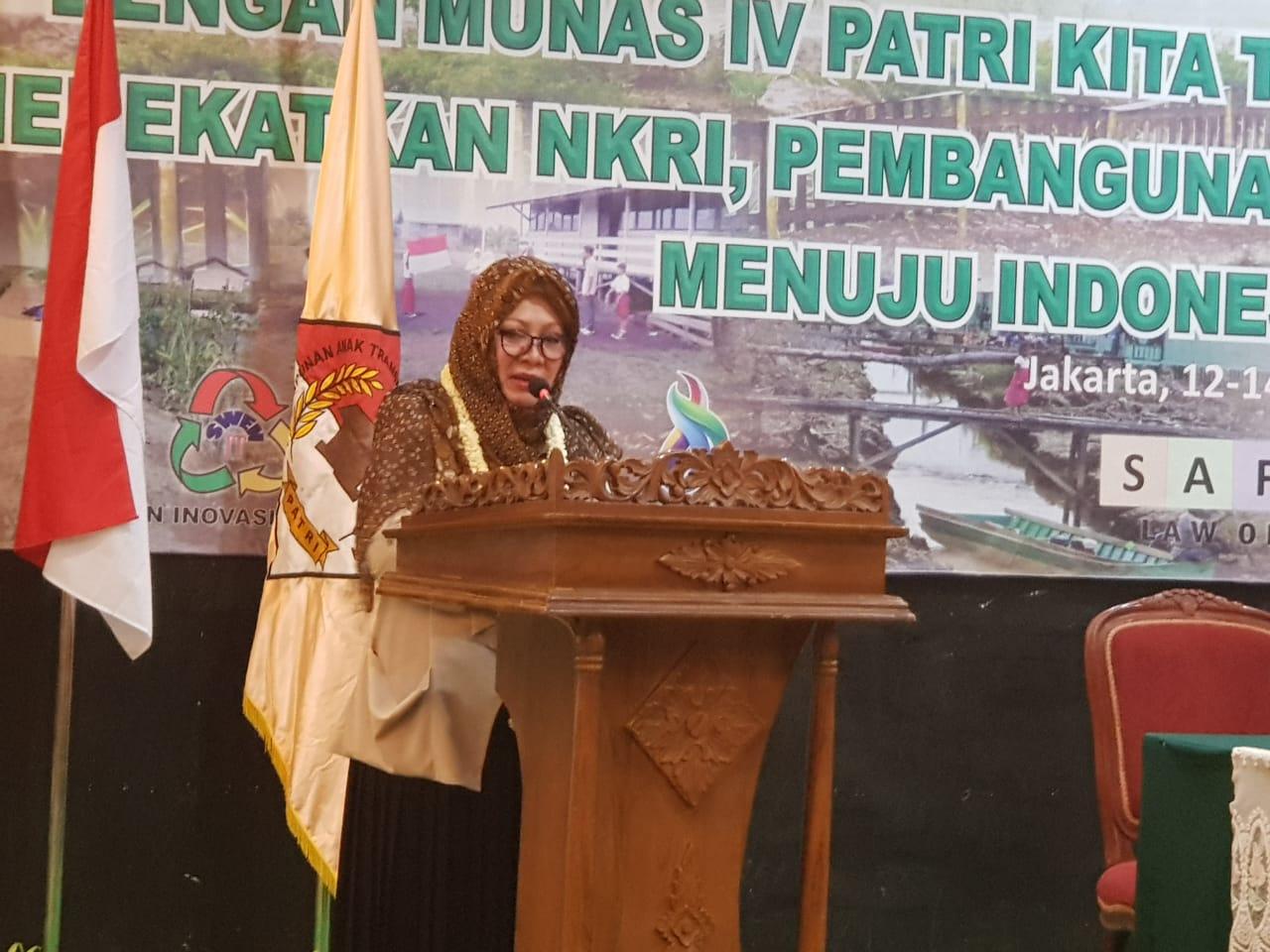 etgam : Siti Hardijanti Rukmana (Mba Tutut).