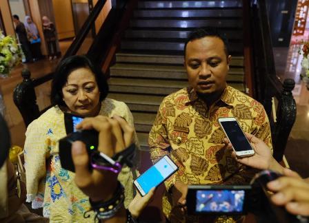 Ketgam : Wakil Gubernur Sulsel Andi Sudirman Sulaiman saat menemui Ketua Dewan Pertimbangan Presiden (Wantimpres) Sri Adiningsih