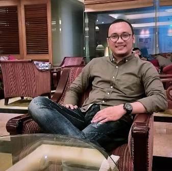 Ketgam : Koordinator Presidium Forum Mahasiswa Pemerhati Investasi Pertambangan (Forsemesta) Sultra, Muhamad Ikram Palesa