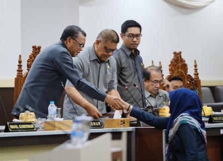 Ketgam : Suasana rapat kerjasama antara pemerintah dan Dewan Sulsel