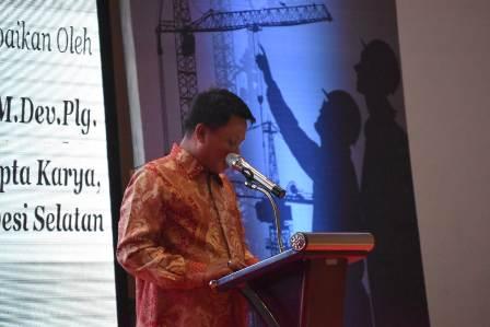 Ketgam : Kepala Dinas Sumber Daya Air Cipta Karya dan Tata Ruang (DSDA-CKTR) Sulawesi Selatan (Sulsel) Andi Darmawan Bintang/foto : Paulus Kalosara News