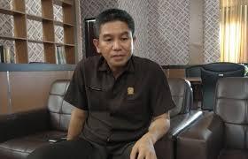 Ketgam: Ketua DPRD Konsel Irham Kalenggo