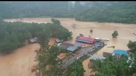 Ketgam : Suasana banjir di Kabupaten Konawe Utara yang menenggelamkan sebagian kecamatan