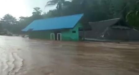 Ketgam : Salah satu rumah Di Konawe Utara hanyut