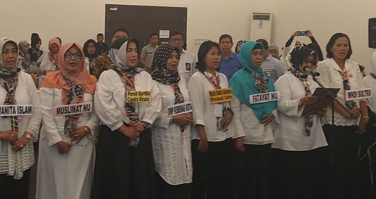 Ketgam : Perempuan Sultra saat deklarasikan menolak radikalisme