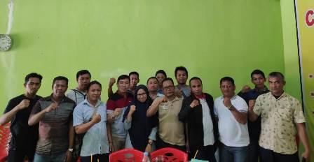 Ketgam : Sejumlah wartawan di Kolaka Timur usai rembuk pembentukan Pokja Wartawan Koltim