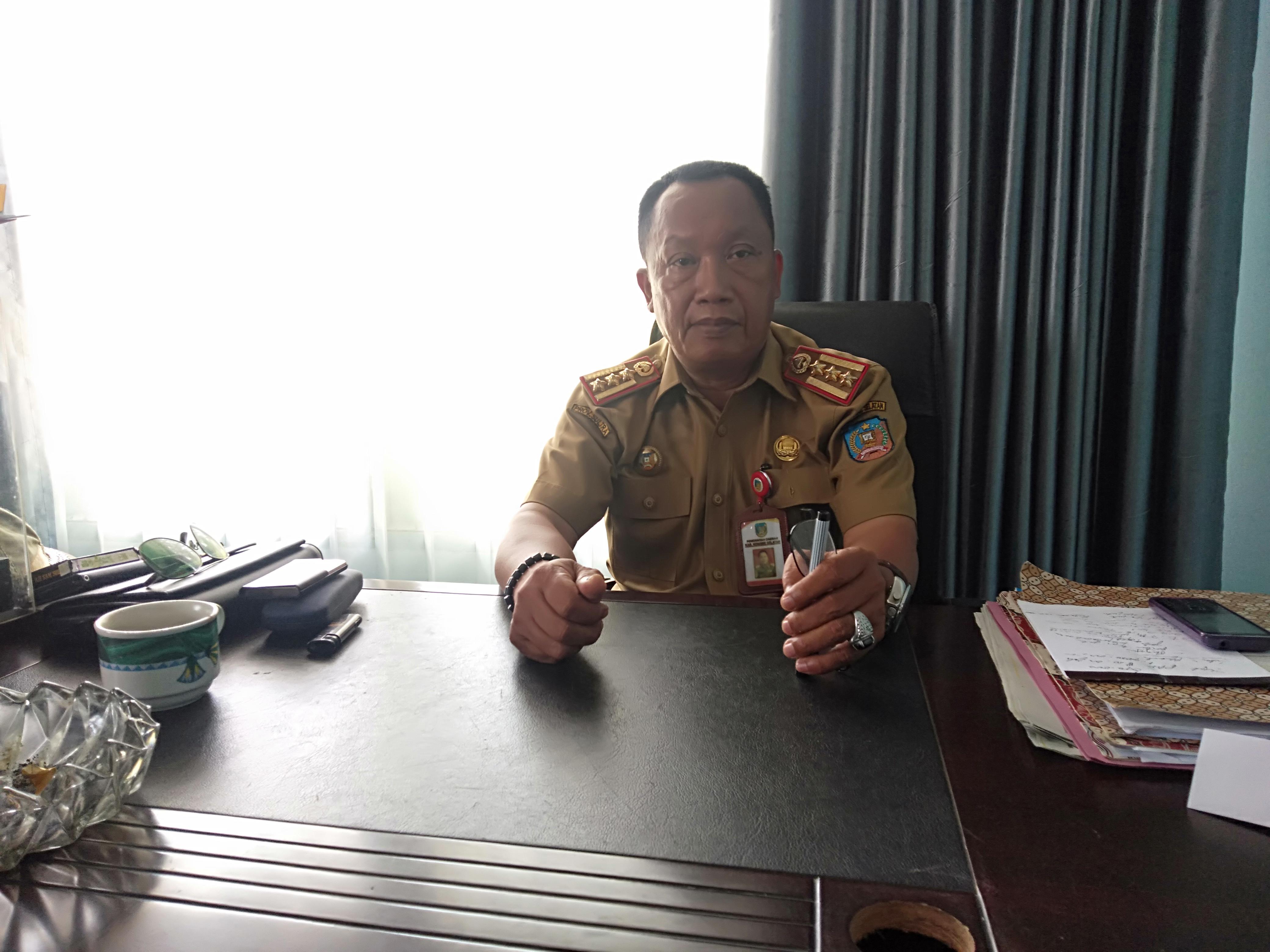 Ketgam : Kepala Dinas Perhubungan Konsel, Drs. Ashapi