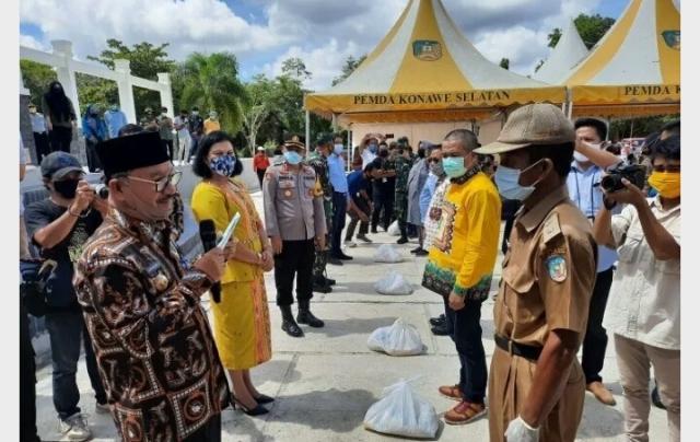 Ketgam ; Sembako yang siap di bagikan ke warga
