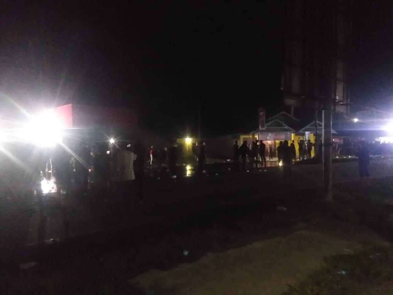 Ketgam : massa aksi berhamburan saat polisi mengeluarkan gas air mata