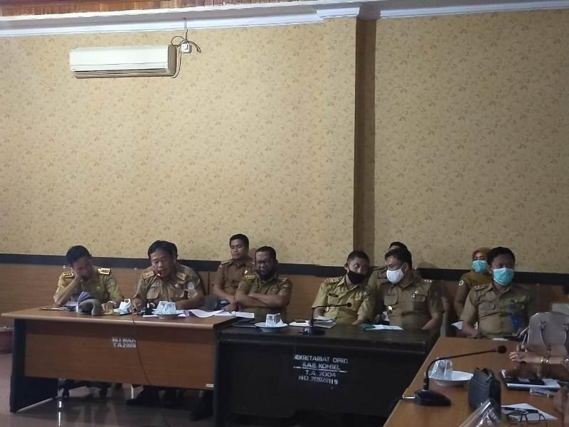 Ketgam : Tim TAPD Pemda Konsel saat Rapat kerja dengan DPRD Konsel