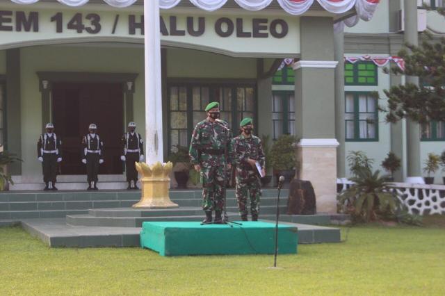 Kapenrem 143/HO Mayor Arm Sumarsono memimpin upacara