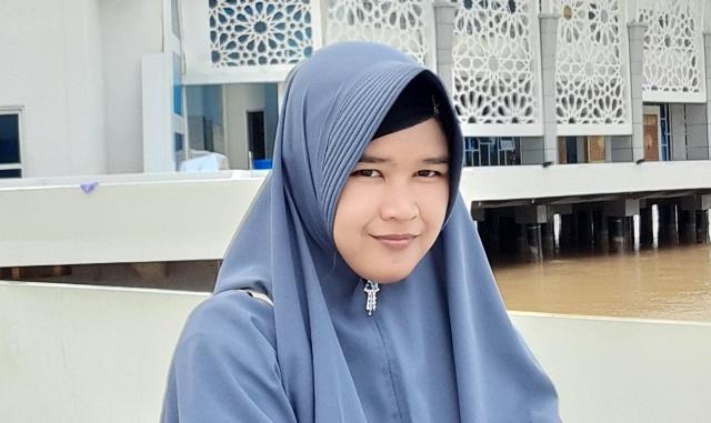 Siti Komariah